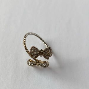 Jewelry - Adjustable gold rhinestone bow ring